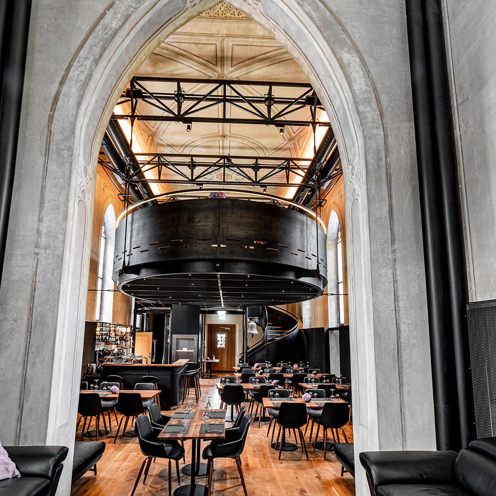 Restaurant Omnia Kapelle Dierikon Biberschwanzziegel Gasser Ceramic